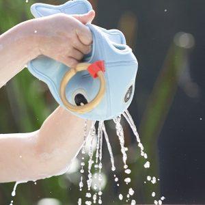 DONE BY DEER juguete de baño Wally Blue